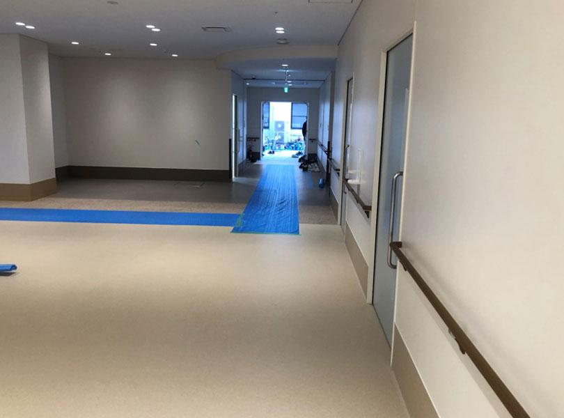 福岡県内の新築病院様へ家具什器納品をしました。